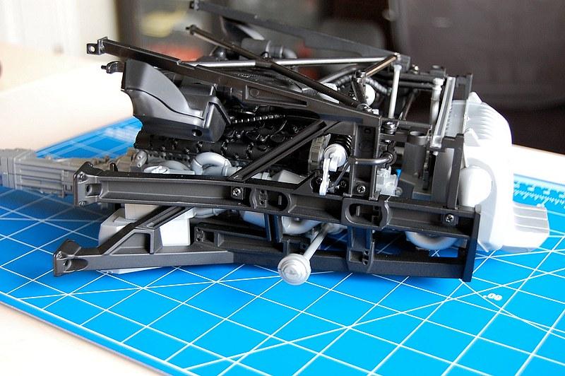 pocher aventador project part iv motor suspension. Black Bedroom Furniture Sets. Home Design Ideas