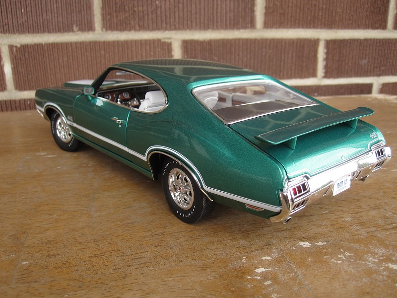 Oldsmobile_ 422Cutlass17