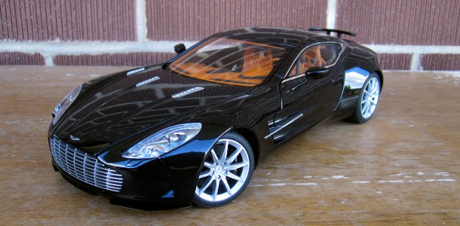Exceptional REVIEW: AUTOart Aston Martin One 77