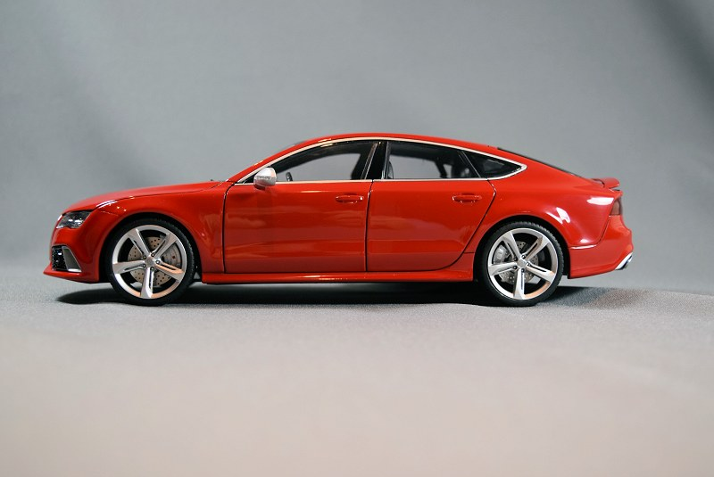 review minikraft models audi rs7 sportback. Black Bedroom Furniture Sets. Home Design Ideas