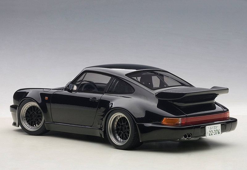 Autoart In Depth Wangan Midnight Blackbird Porsche 930
