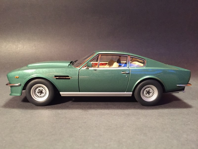 aston martin v8 vantage 1985. starting from the outside, paint is great. sparkly and authentic looking, but not with over-size metallic flakes. stance, as compared to photos of aston martin v8 vantage 1985
