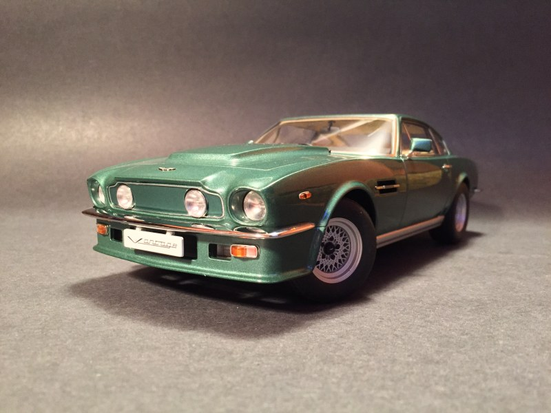 aston martin v8 vantage 1985. i have to admit, i\u0027m very excited that there\u0027s finally an opening model of this car. love astons and autoart did a good job for the most part, aston martin v8 vantage 1985 v
