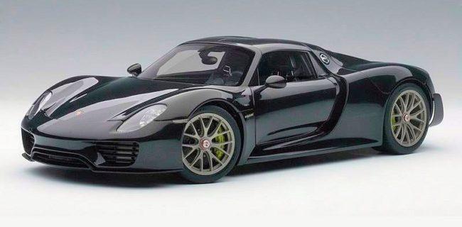 heres a close up view at the upcoming autoart 118 composite porsche 918 spyder weissach package in metallic black also known as basalt black - Porsche 918 Spyder Black