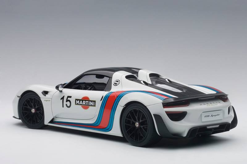 autoart 918 spyder weissach package white martini livery. Black Bedroom Furniture Sets. Home Design Ideas
