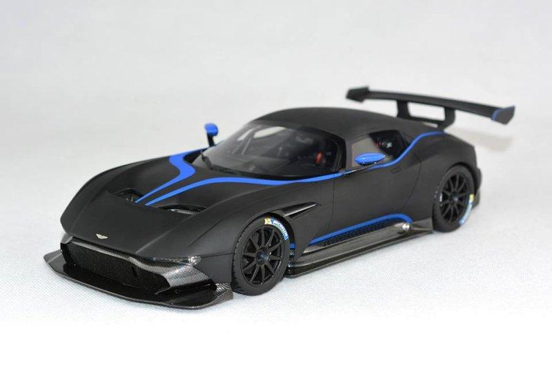 Fronti Art New Colour Aston Martin Vulcan Matt Black